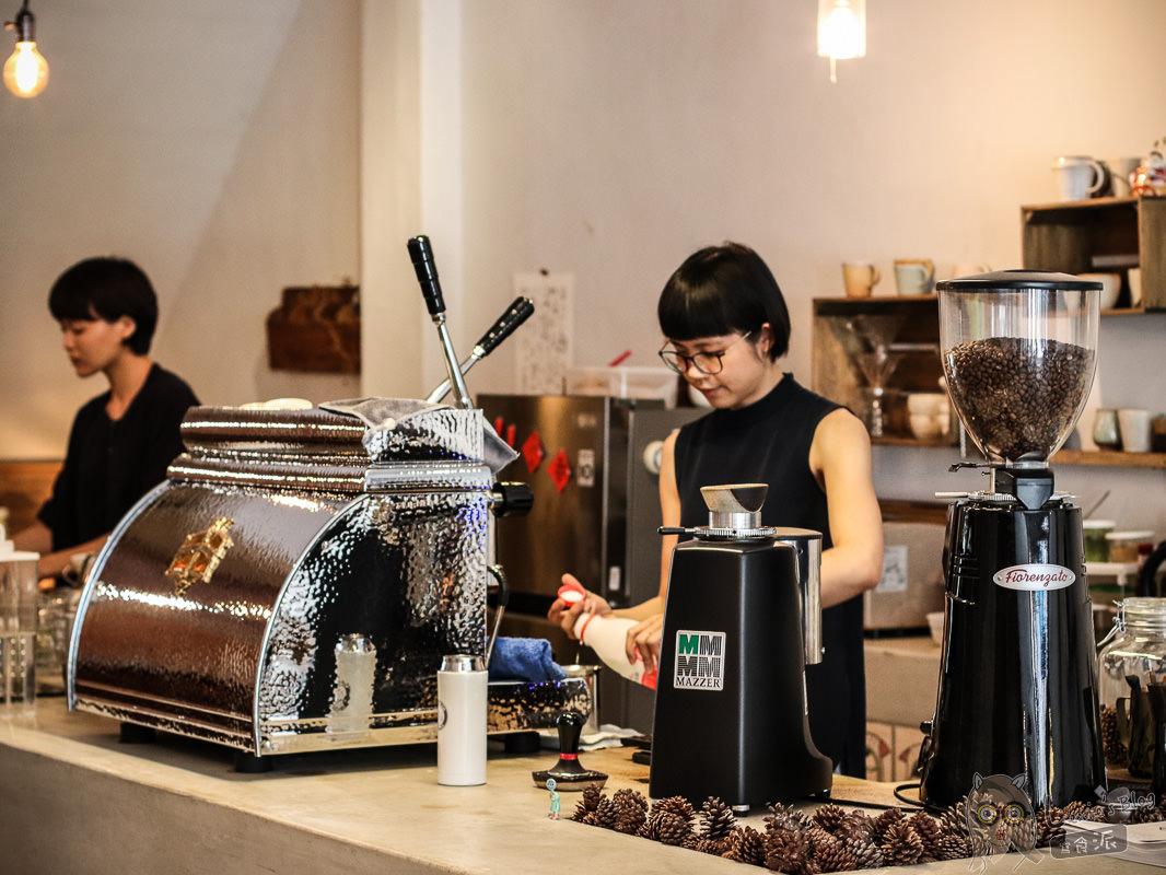 花蓮咖啡》半寓咖啡,必訪文青咖啡廳,品味老宅中的美好時光