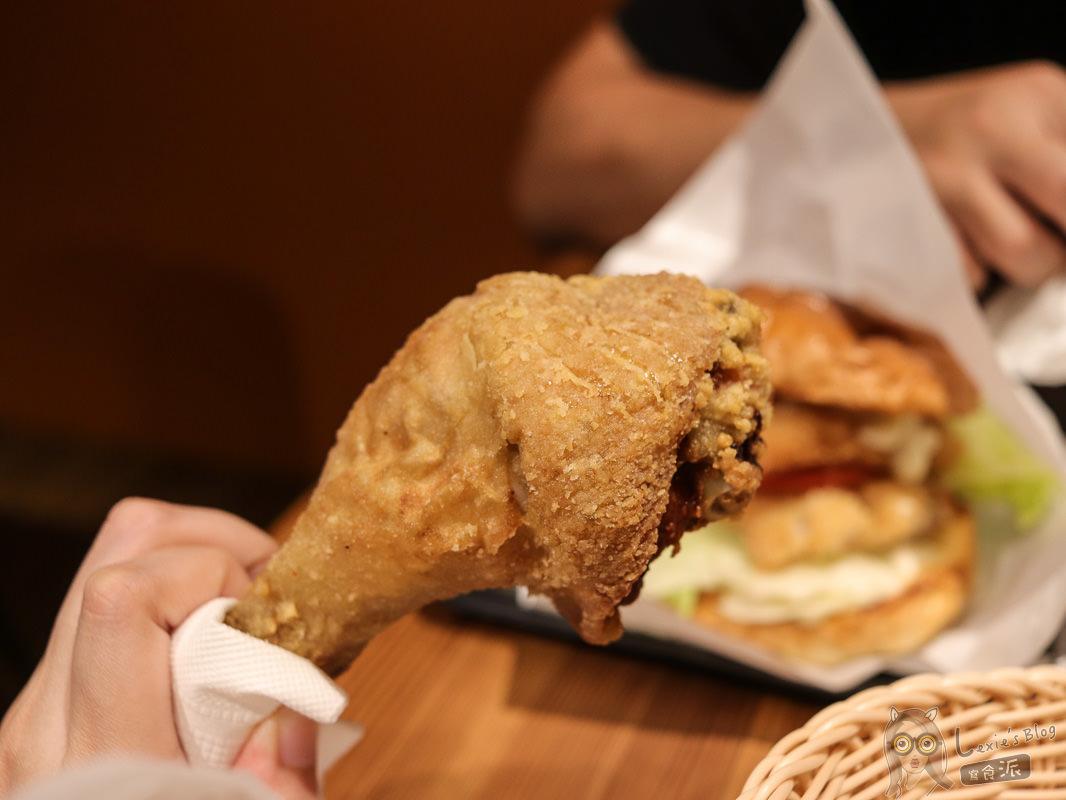 南京三民美食》國際機長炸雞漢堡店,念念不忘的多汁炸雞