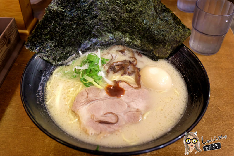 食記【台北】橫濱家系拉麵特濃屋,濃厚豚骨湯頭叉燒美味,炸雞必點