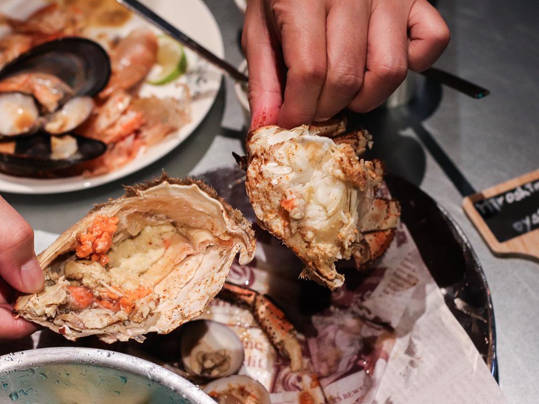花酒蔵海鮮吧-台北最時尚海鮮餐廳!坐擁信義區百萬夜景的潮食文化