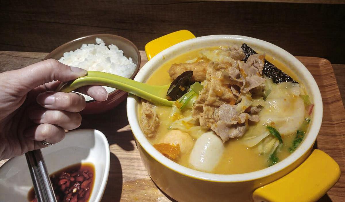 南京復興慶城街美食》王品12MINI個人小火鍋,百元就能吃到多種湯底