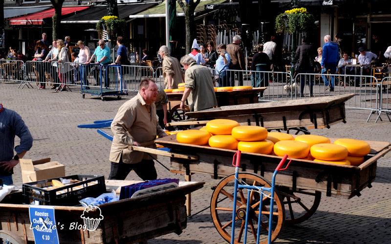 阿克瑪乳酪市集Alkmaar-cheese-market8.jpg