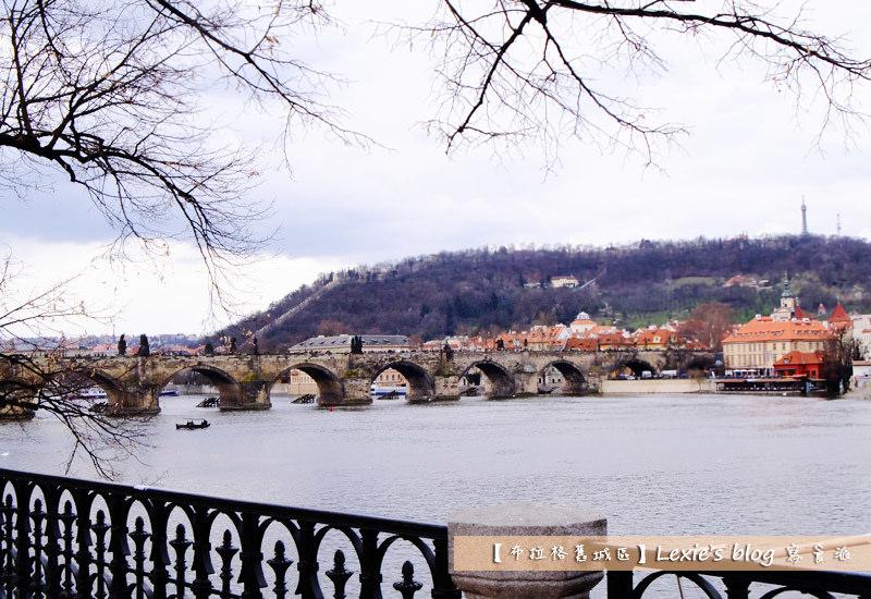 布拉格舊城區天文鐘4.jpg