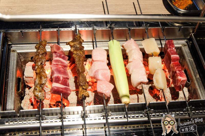食記【台北】串殿-懶人專用自動旋轉的串燒,市政府韓式串燒推薦(菜單menu)