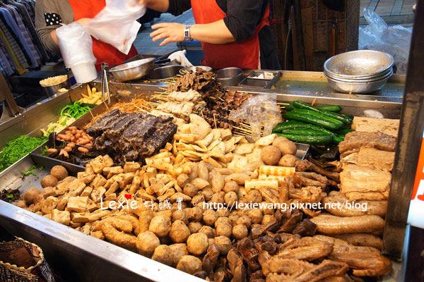 食記【台北】三重-三和夜市-小楊脆腸。每周都可來一包!!