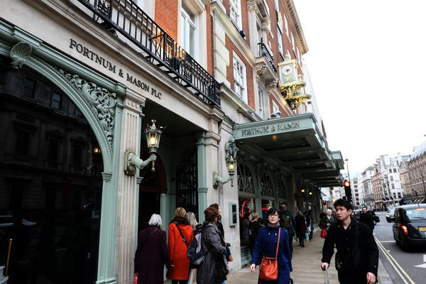 英法蜜月自助16天-倫敦篇3(英國百年茶F&M Fortnum&Mason、福爾摩斯博物館)