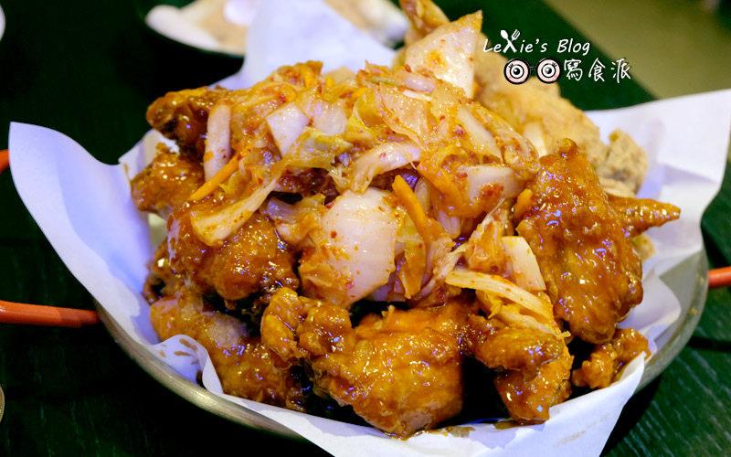 食記【台北】東區韓式炸雞推薦,嚦咕嚦咕韓式炸雞專賣店,雞肉多汁泡菜甜脆(菜單menu)