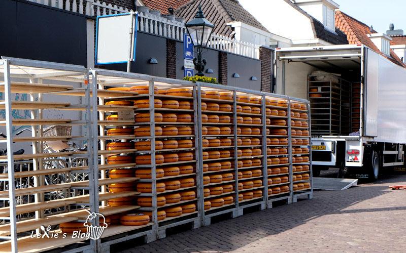 阿克瑪乳酪市集Alkmaar-cheese-market7.jpg