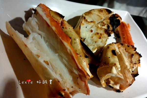 食記【台北】八田頂級帝王蟹燒烤吃到飽~食材OK精緻不足