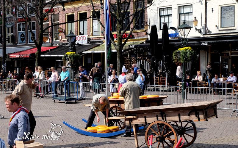 阿克瑪乳酪市集Alkmaar-cheese-market9.jpg