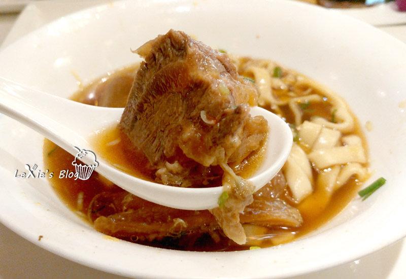 食記【台北】天下三絕,五星級的牛肉麵,小吃也可以很高檔