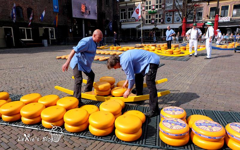 阿克瑪乳酪市集Alkmaar-cheese-market14.jpg