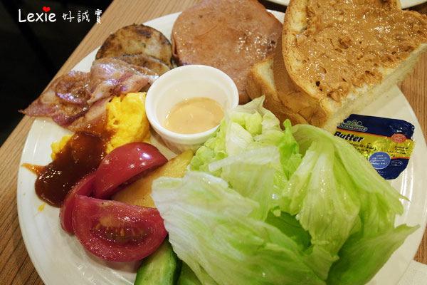 食記【台北】中正區(館前店)-鯊魚咬吐司。口味正常價格正常一切都正常的早午餐~