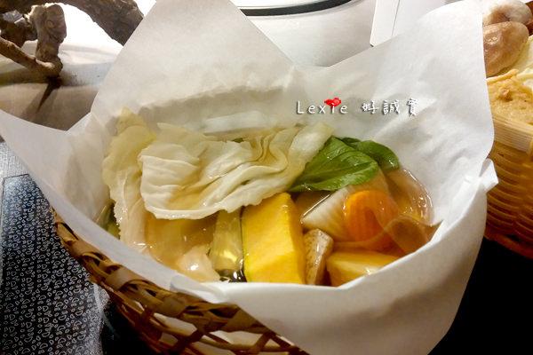 高雄五-紙火鍋6