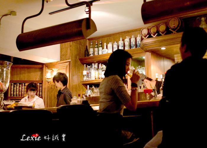 台北【食記】窩台北WooTP,東區有氣氛酒吧餐酒館、情侶約會朋友聚餐都合適