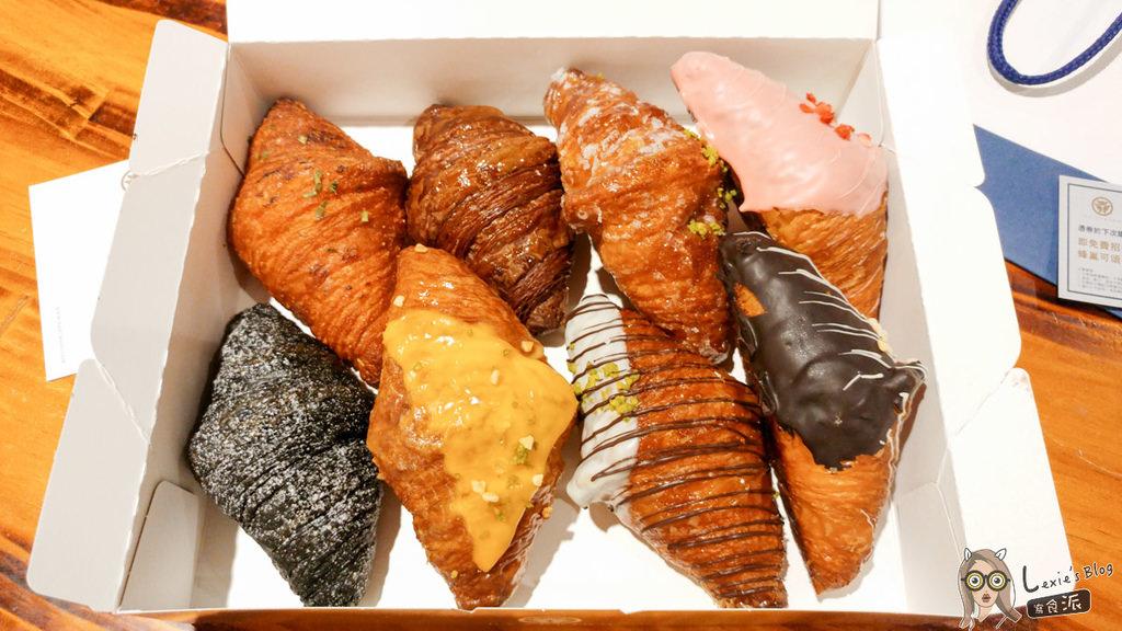 【高雄左營】八月堂可頌,好普通的可頌麵包(菜單&價格)