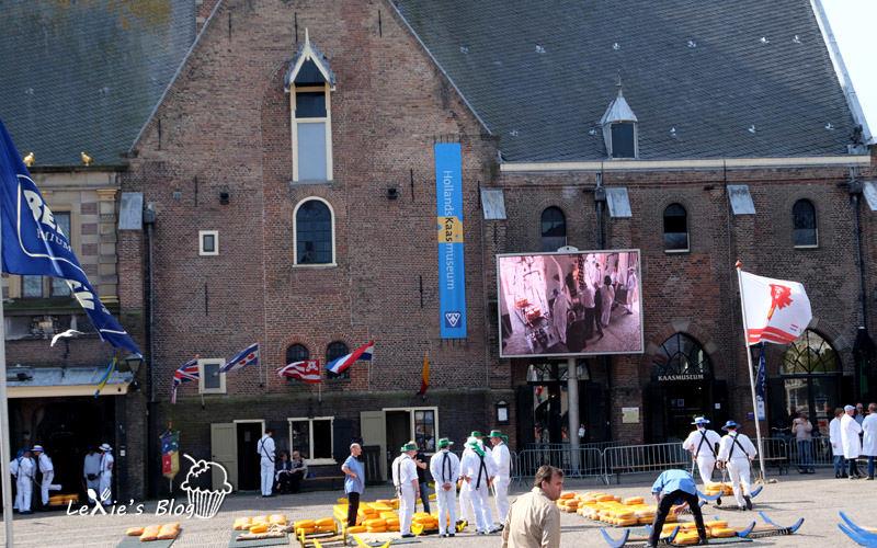 阿克瑪乳酪市集Alkmaar-cheese-market11.jpg