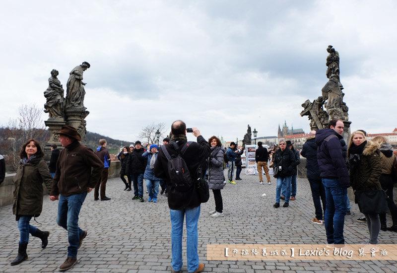 布拉格舊城區天文鐘1.jpg