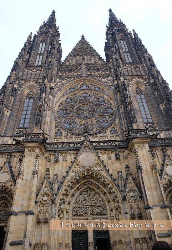 旅遊【捷克】布拉格 高堡區城堡區 聖維特大教堂 黃金巷