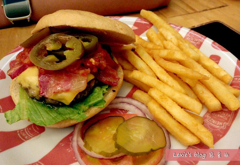 華艾芙漢堡5.jpg